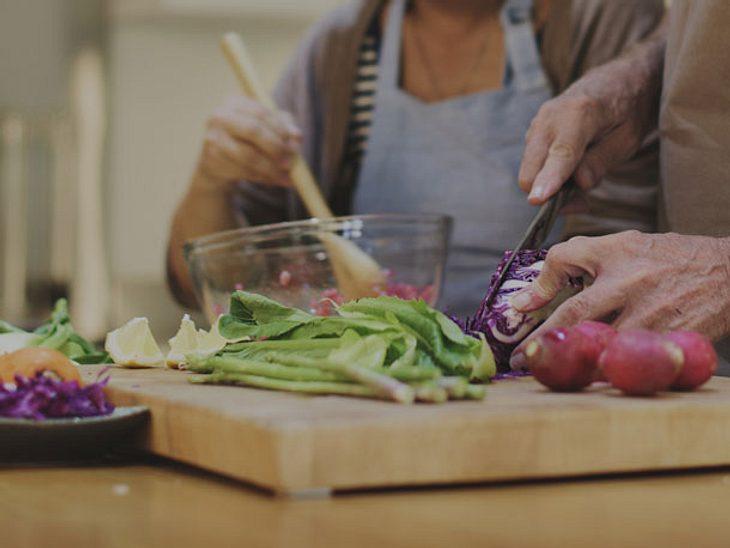 Steigern Sie Ihre Lebensqualität mit einem Kochkurs in netter Gesellschaft.
