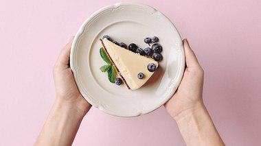 Schlank mit Käsekuchen? Das geht! - Foto: LightFieldStudios/iStock