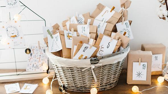 Ideen für Adventskalender zum selbst befüllen oder kaufen
