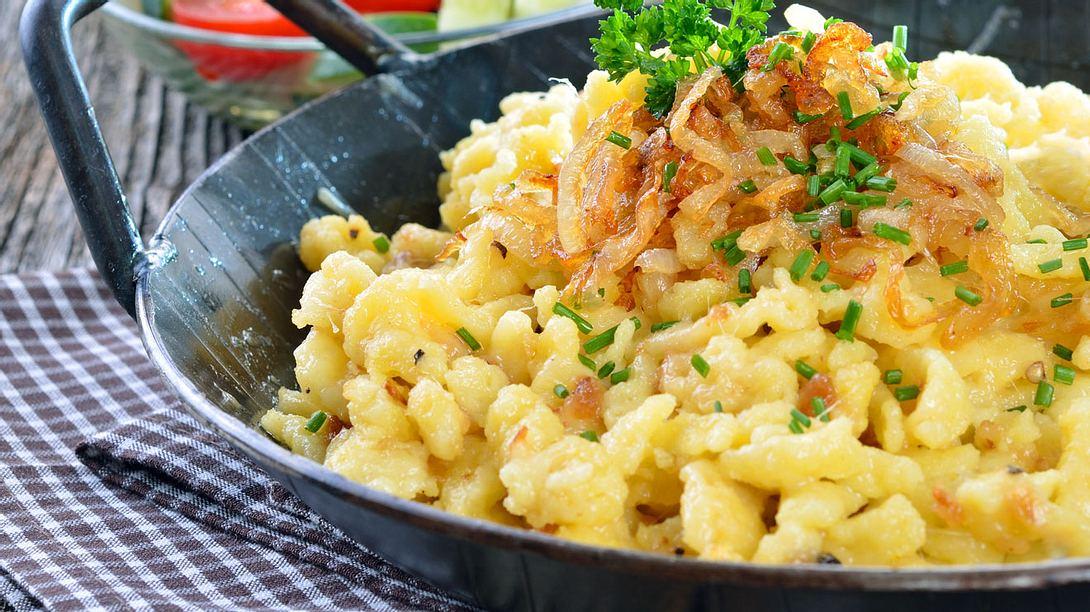 Allgäuer Käsespätzle selber machen: Das Ofen-Rezept
