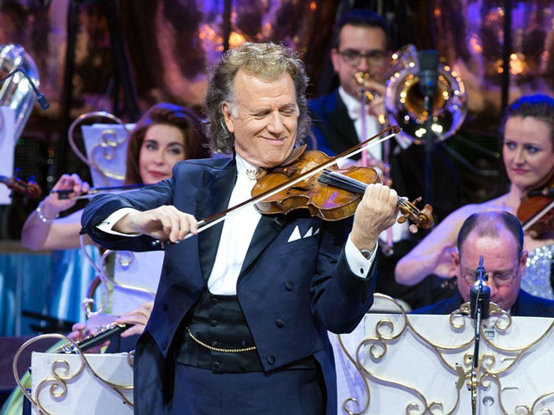 2017 feiert André Rieu den 30. Geburtstag seines Orchesters mit einem besonderen Kinospektakel.
