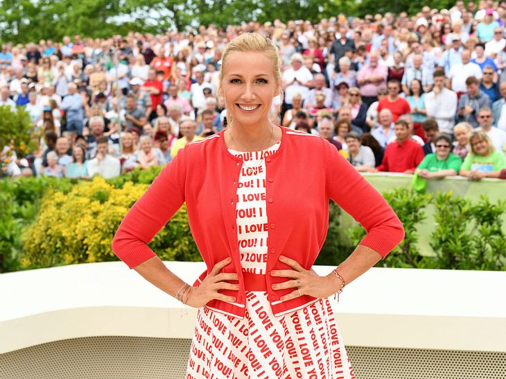 Andrea Kiewel im Fernsehgarten