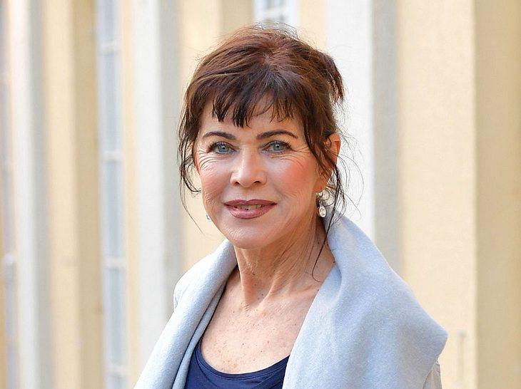 Anja Kruse spielte in Serien wie Das Traumschiff, Die Schwarzwaldklinik und Forsthaus Falkenau mit.