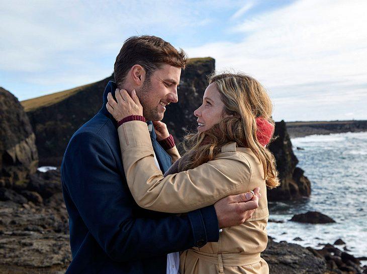 Ann-Kathrin Kramer im Film 'Verliebt auf Island'