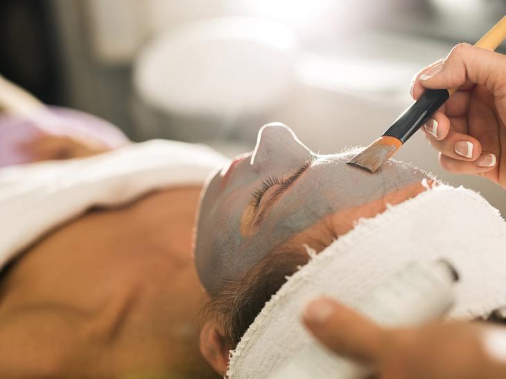 Die besten Tipps gegen Stirnfalten