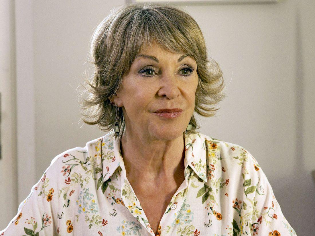 Uta Schorn ist seit 1993 als Tante Inge die gute Seele der ARD-Serie 'Familie Dr. Kleist'