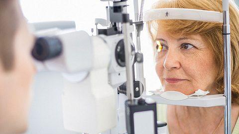 Beim Augenarzt kann Augenkrebs diagnostiziert werden.  - Foto: gilaxia / iStock
