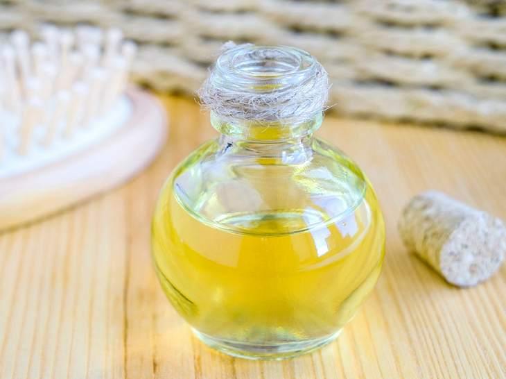 Badeöl: So bekommen Sie weiche und geschmeidige Haut