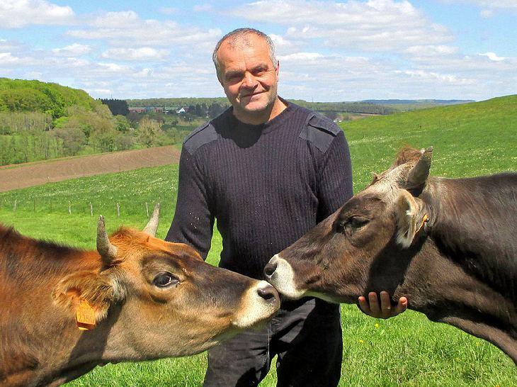Carlo (50) aus Luxemburg nimmt 2019 an Bauer sucht Frau teil.