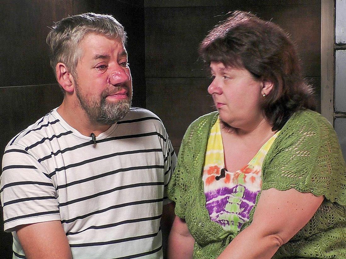 RTL-Bauer Uwe und seine Frau Iris rührten im Sommerhaus der Stars mit einem Blick in ihre Seele.