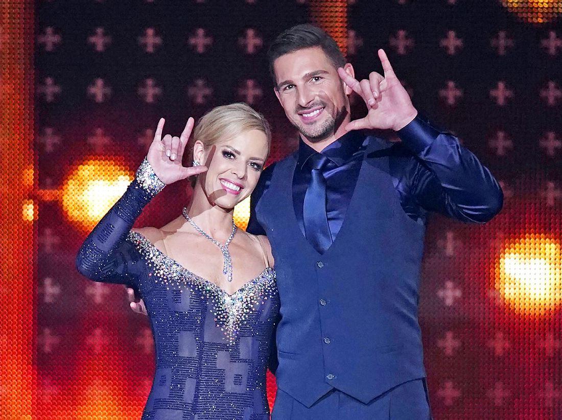 Bei Let's Dance tanzt Benjamin Piwko mit Isabel Edvardsson.