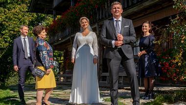 Der Bergdoktor-Hochzeit  - Foto: ZDF/Erika Hauri