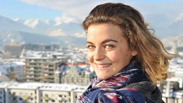 Bergdoktor-Star Ronja Forcher. - Foto: Astrid Schmidhuber / Imago