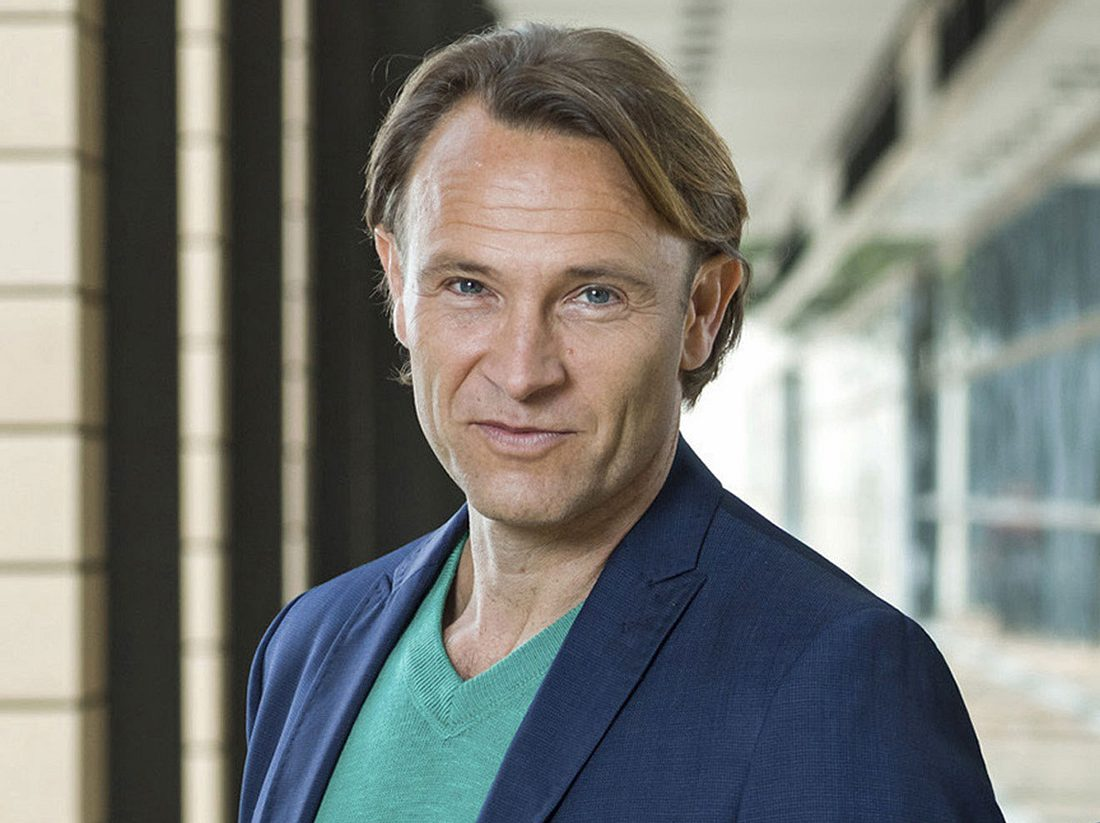 In-aller-Freundschaft-Star Bernhard Bettermann im Interview.