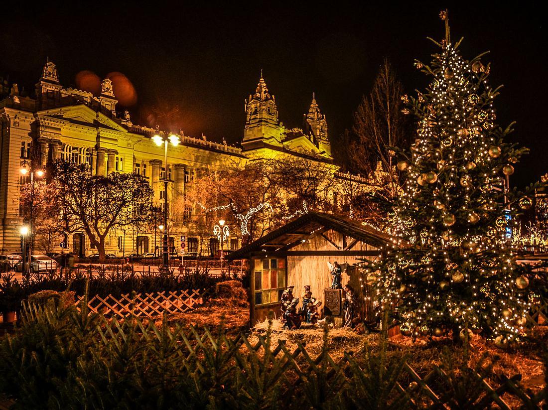 Budapest: Weihnachtlicher Lichterzauber an der Donau