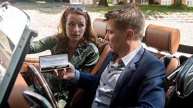 Carla und Gregor trennen sich - Foto: ARD / Nicole Manthey