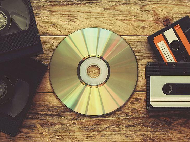 cds reinigen und fotos richtig aufbewahren so retten sie alte. Black Bedroom Furniture Sets. Home Design Ideas