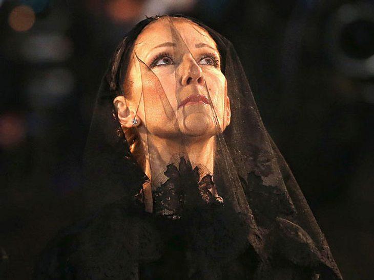 Céline Dion ehrt ihrem verstorbenen Ehemann.