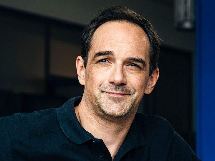 Wer ist Harry Blank, der Mensch hinter der Rolle des Mike Preissinger in Dahoam is Dahoam?
