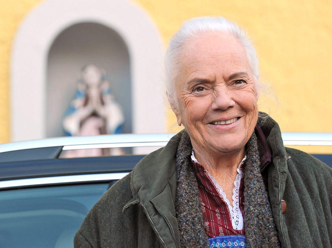 Bei Dahoam is Dahoam spielt Ursula Erber die Theresa Brunner.