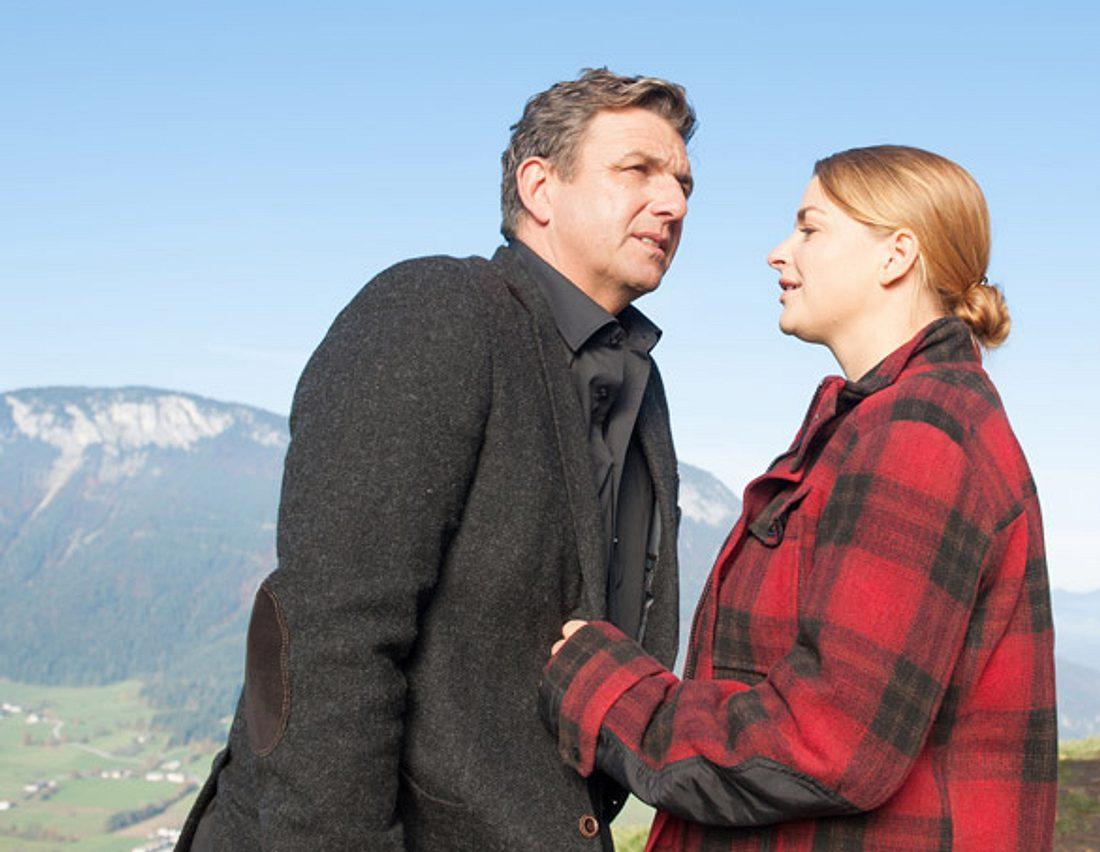 Bergdoktor Martin (Hans Sigl) mit Anne (Ines Lutz).