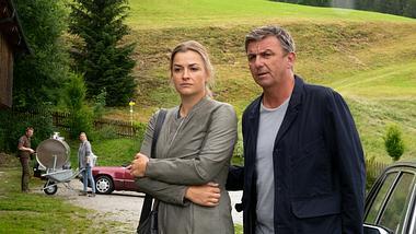 Anne und Dr. Martin Gruber.  - Foto:  ZDF/Erika Hauri