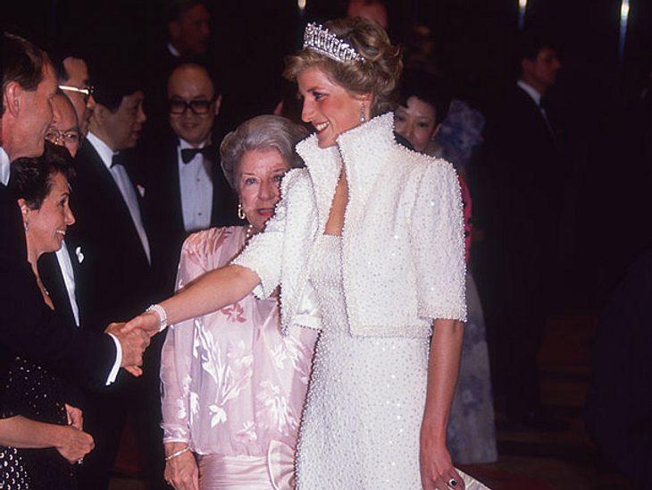Diana im sogenannten Elvis-Kleid.