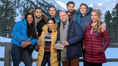 Derzeit wird ein Die jungen Ärzte-Spielfilm-Spezial in Tirol gedreht.  - Foto: ARD / Stefanie Leo