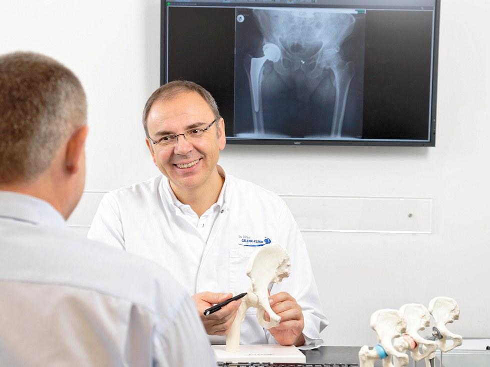 Dr. Martin Rinio