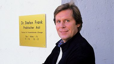 Sigmar Solbach begeisterte als Dr. Stefan Frank.  - Foto: RTL / Elke Werner