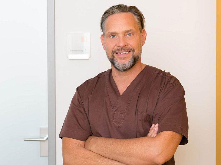 Unser Experte: Dr. Jochen Schmidt.