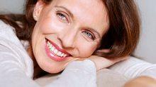 Dünne Haare kräftigen: So geben Sie feinem Haar mehr Fülle - Foto: Jacob Wackerhausen / iStock