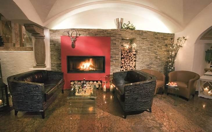 Meins-Gewinnspiel: Kurzurlaub ins 4-Sterne Hotel 'Berghof' in den Salzburger Bergen