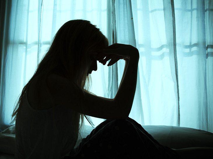 Elektro-Krampftherapie kann bei Depressionen helfen