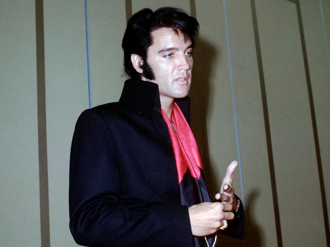 Elvis Presley hat den Tod seiner Mutter nie verkraftet.
