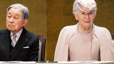 Ex-Kaiserin Michiko mit ihrem Ehemann Yoko Akihito. - Foto: GettyImages/Pool