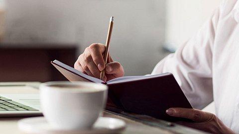 Flexi-Rente: Für wen ist sie geeignet und was bringt sie? - Foto: Zinkevych / iStock