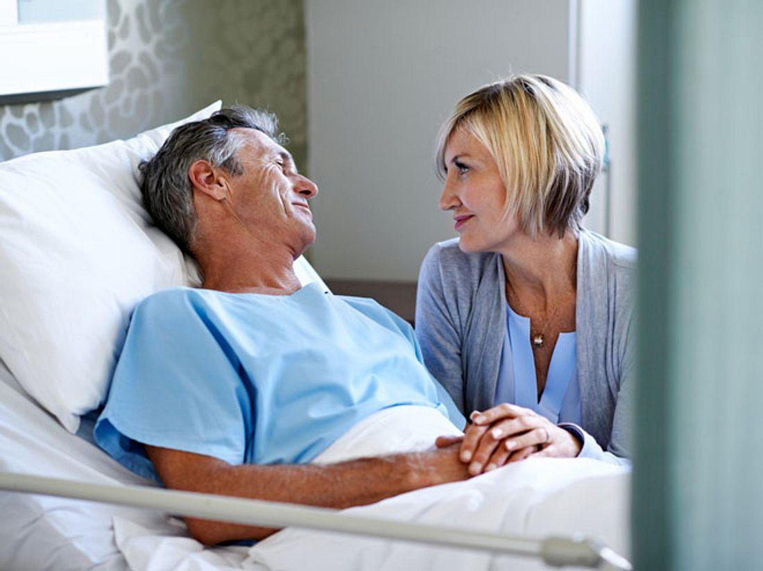 Brustkrebs, Wechseljahre und Co.: Auch Männern können daran erkranken