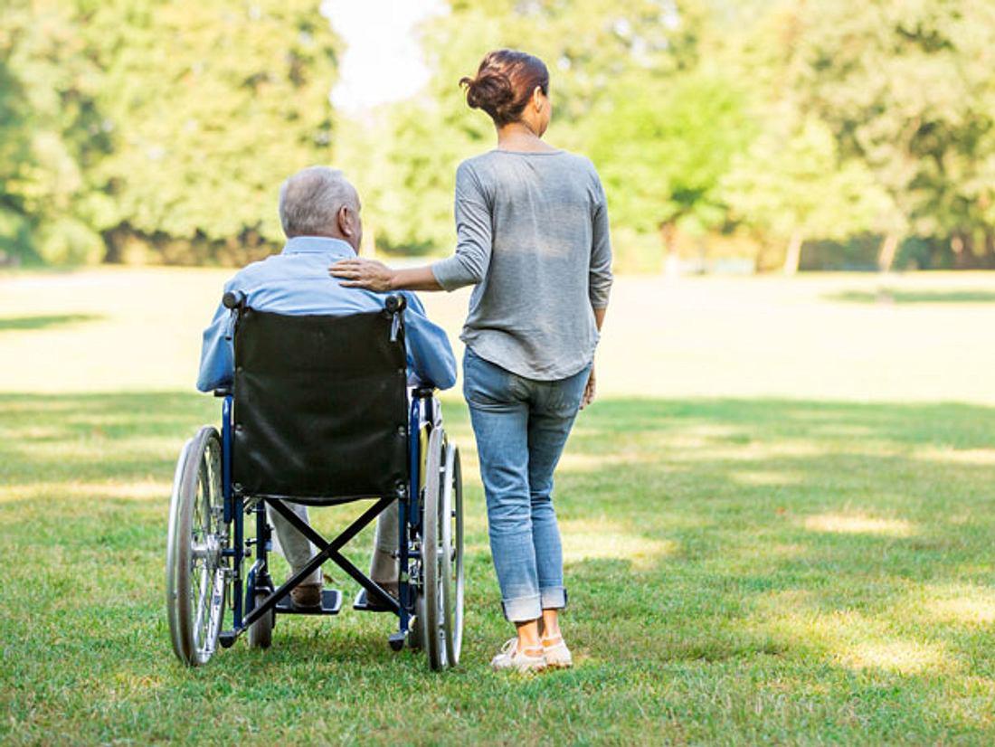 Freistellung zur Pflege von Angehörigen: Ihre Rechte!