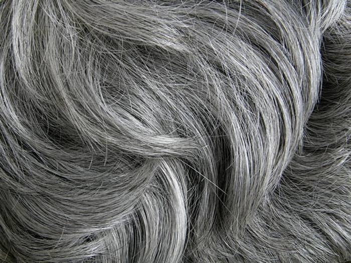 Graue haare rauswachsen lassen mit 40