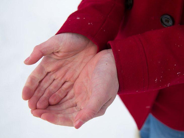 Wie Sie Frostbeulen erkennen, behandeln und künftig vorbeugen können.