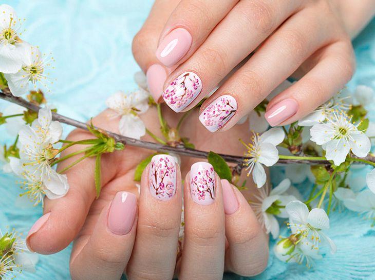 Frühlingsnägel: Tolle Designs für Ihre Nägel