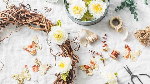 Frühlingsdeko selber machen - Foto: OksanaKiian / iStock
