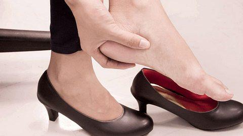 Schuhe weiten oder enger machen