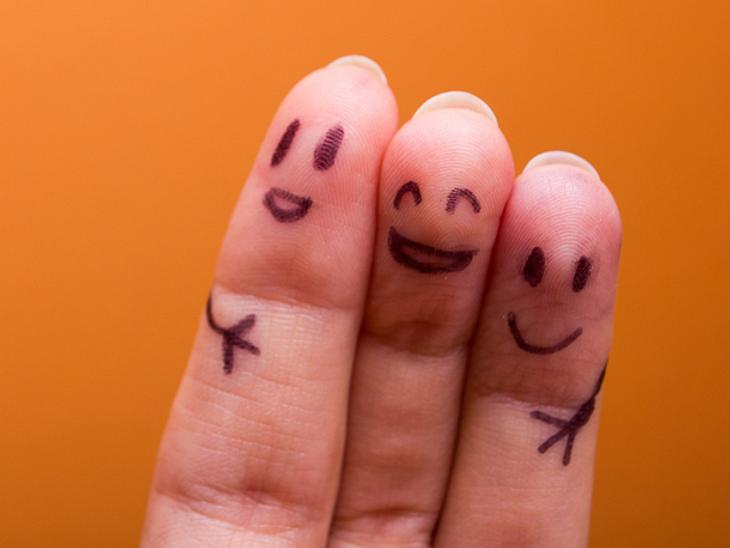 Anderen zu helfen macht glücklich.