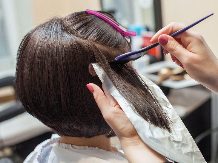 Gefärbte Haare So Bleibt Die Farbe Länger Strahlend Frisch