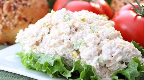 Omas Rezept für Geflügelsalat