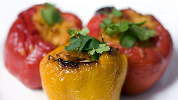 Gefüllte Paprika: Ofen-Rezepte mit Hack und vegetarisch