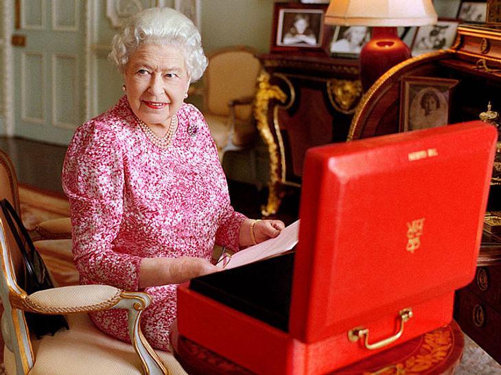 Die 10 größten Geheimnisse der Queen Elizabeth II.