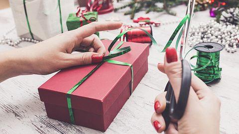 Geschenkschleifen selber binden